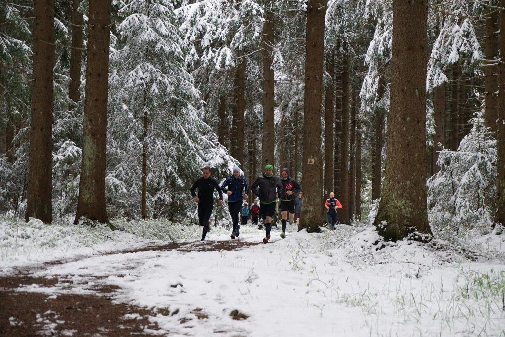2 Wochen vorher - Rennsteig im Schnee (c) GutsMuths-Rennsteiglauf