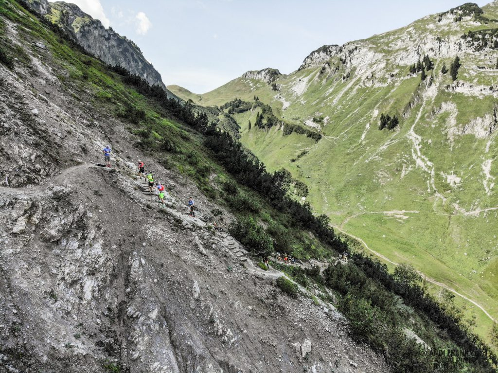 Transalpine Run 2019 - steil, bei bestem Panorama (c) PlanB / Andi Frank