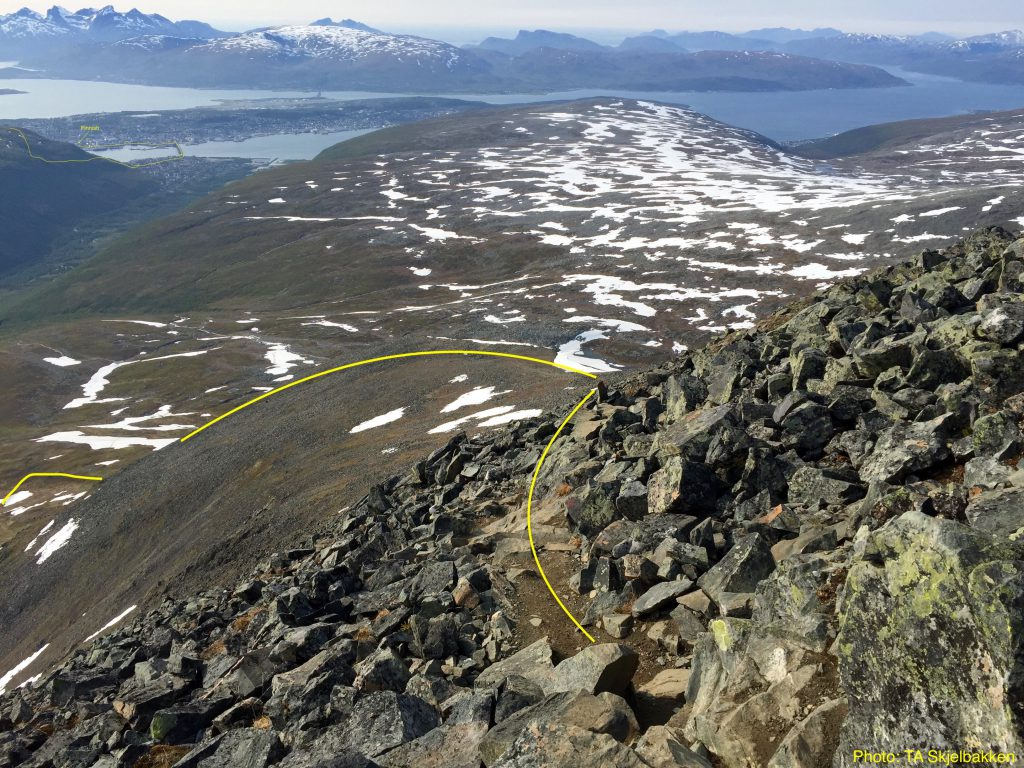 Tromsø Skyrace - letzter Abstieg vom  Tromsdalstinden (c) Tromsø Skyrace / Race Briefing 2019