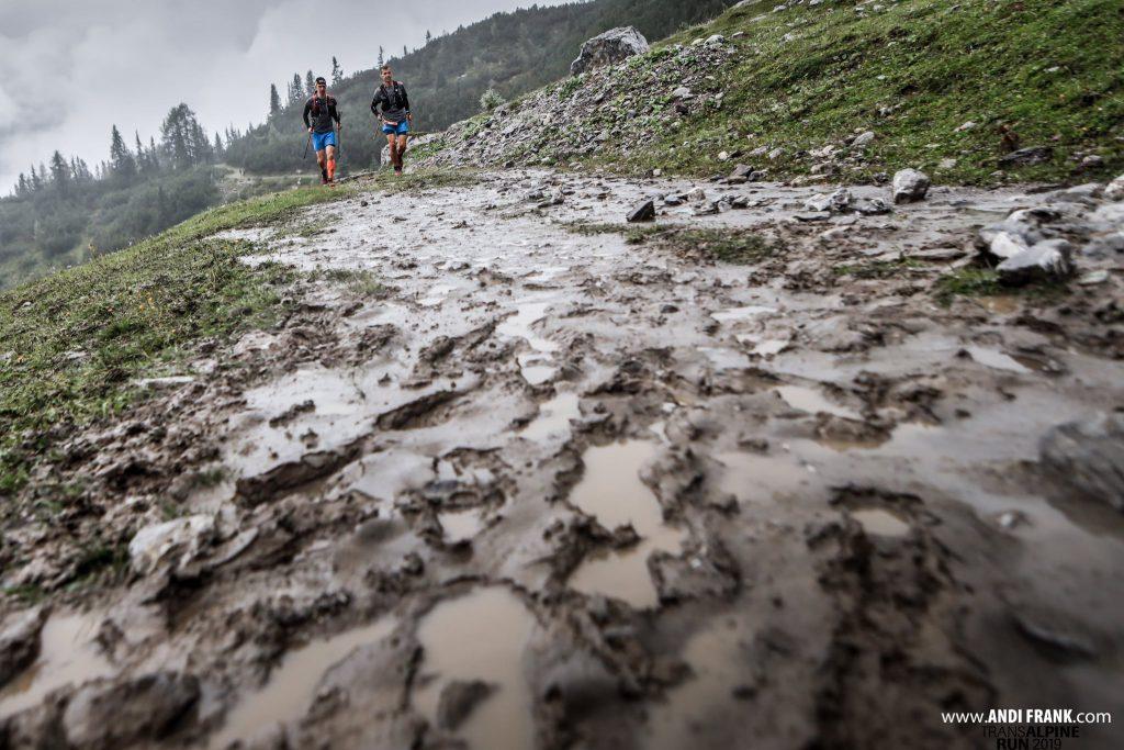 Transalpine Run 2019 - Etappe 3 ist nass (c) PlanB / Harald Wisthaler