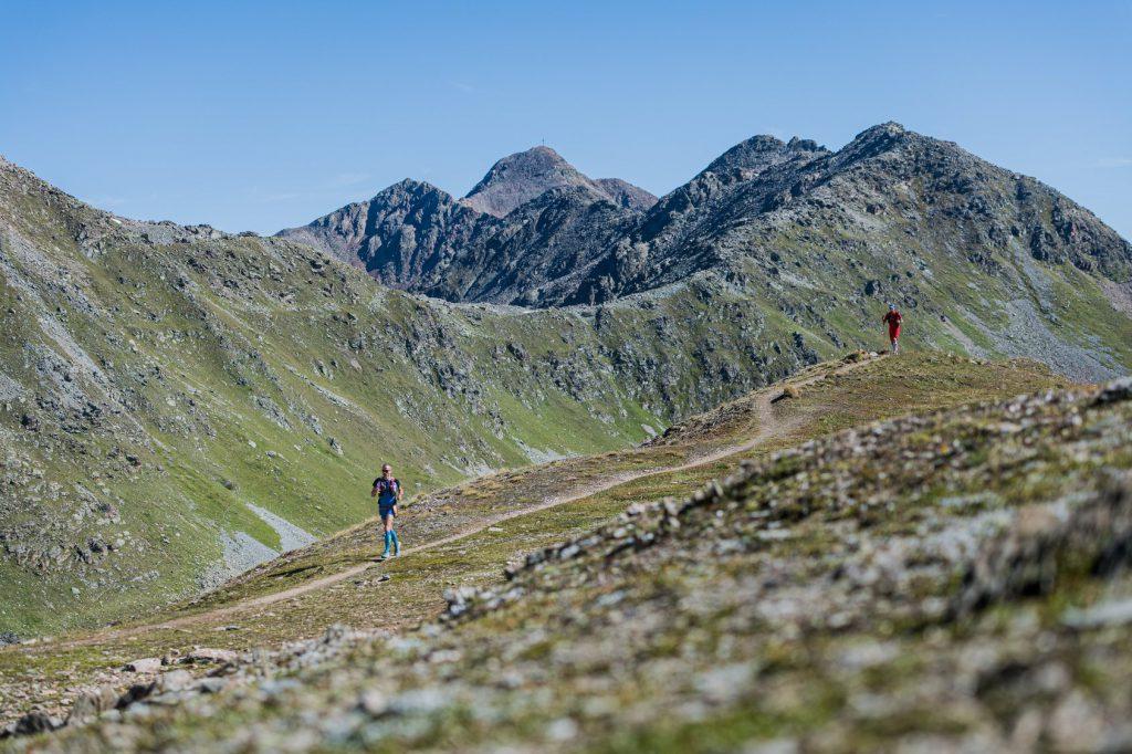 Transalpine Run 2019 - die Königsetappe ist ab und zu auch laufbar (c) PlanB / Harald Wisthaler