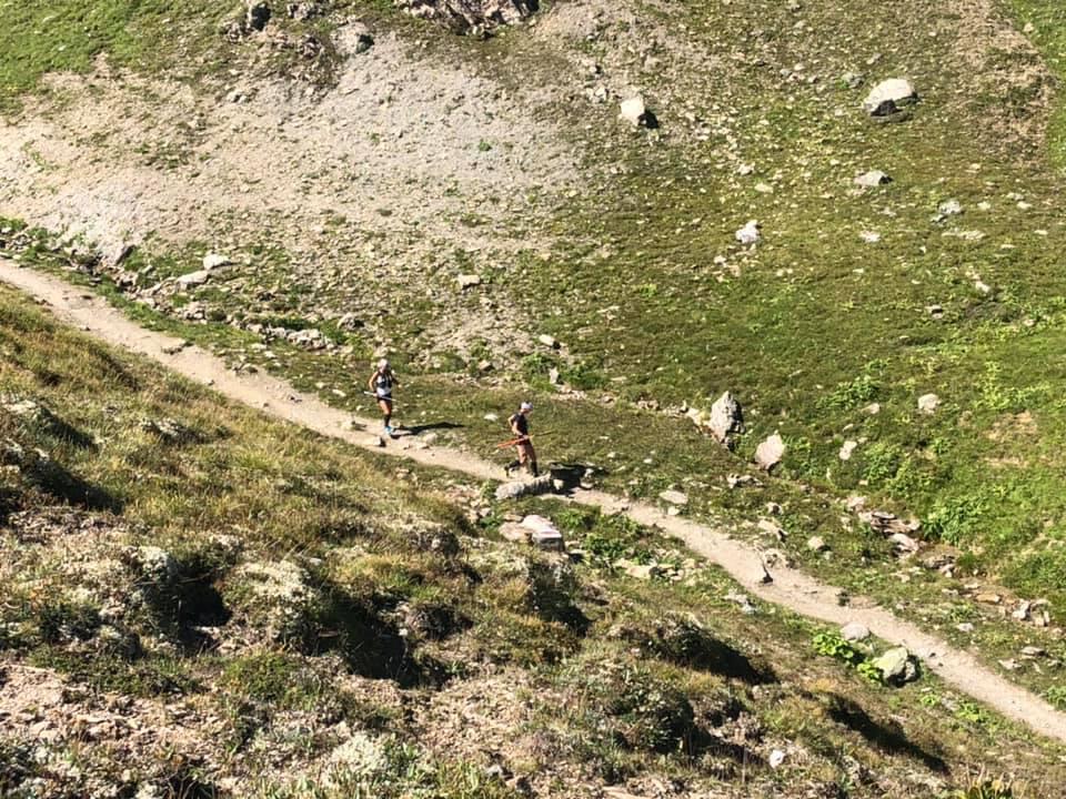 Transalpine Run 2019 - ein kurzer Downhill darf nicht fehlen (c) PlanB