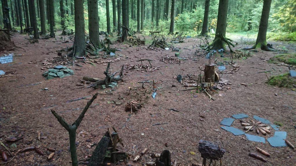 Ein Natur-Spielzeugdorf 20km nach Blankenstein